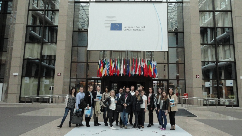"""Ilustracja do informacji: Druga międzynarodowa wymiana młodzieży w ramach projektu """"yBBregions"""""""