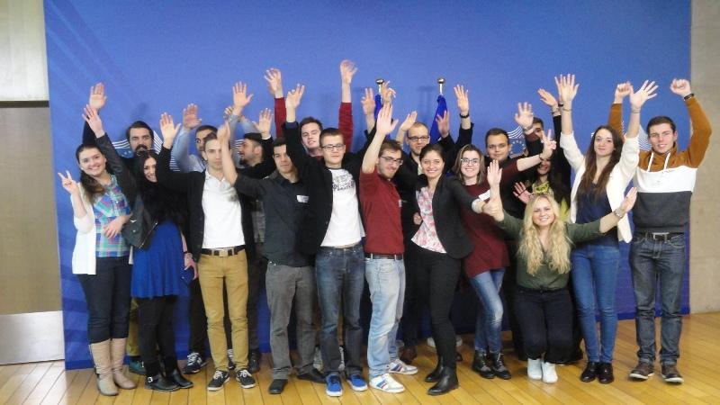 Ilustracja do informacji: Uwaga młodzi Lubuszanie! Rozpoczynamy nabór do ostatniej edycji Międzynarodowej Wymiany Młodzieży w Brukseli