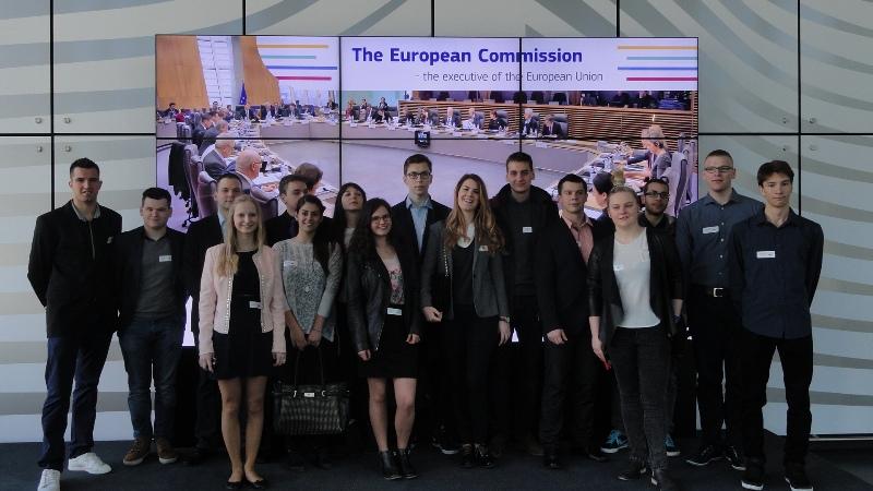 Ilustracja do informacji: Uczestnicy ostatniej wymiany młodzieży już w Brukseli!