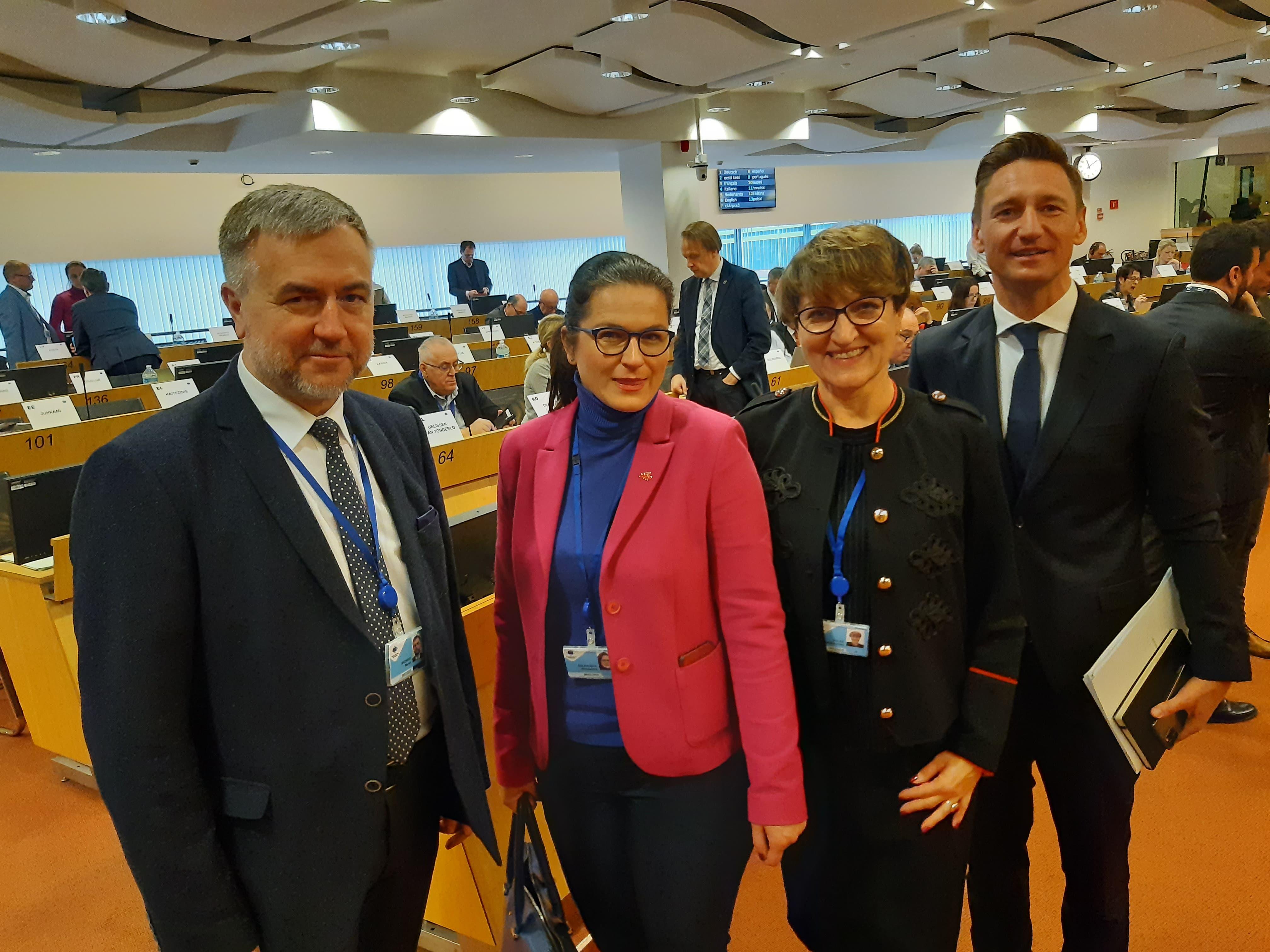 Ilustracja do informacji: Marszałek Polak na posiedzeniu komisji CIVEX